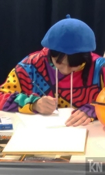 Chiaki doing a LIVE drawing