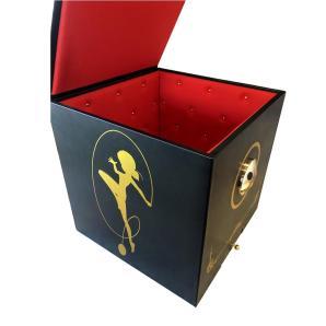 statue-box-open_1000x